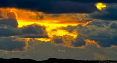 Maëlstom céleste (Brestitude) Tags: sunset sky clouds brittany bretagne breizh ciel nuages coucherdesoleil couchédesoleil finistère saintpabu brestitude