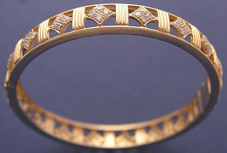 18k Gold Square Bangle with diamonds