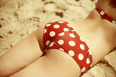 To the beach! (Anna DeLuna) Tags: beach sand redpolkadot
