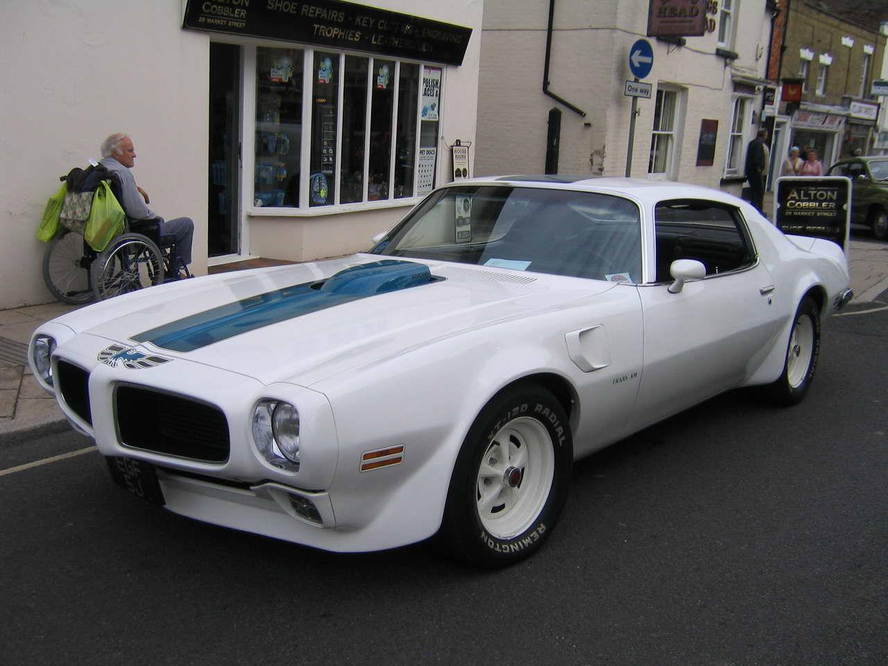 Pontiac Bulnose Classic Car