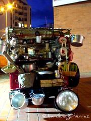 Jeepao (cagufra) Tags: baby flores macro bus simon agua colombia jeep juan pablo oxido kro silla jp caro armenia reflejo carolina bebe fujifilm juanpablo bb aeropuerto justborn risaralda pereira jeepao extura s1500 fujifilms1500