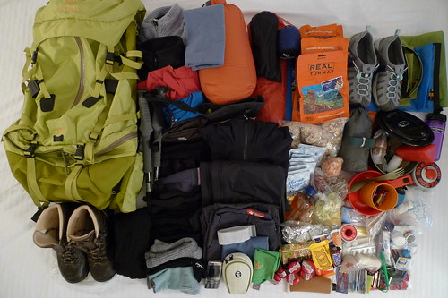 hiking backpacking arcteryx packning