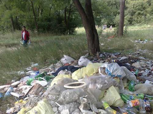 Facem curat la traseul Motocross din Chişinău