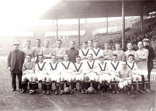Manchester United 1924-25 team photograph