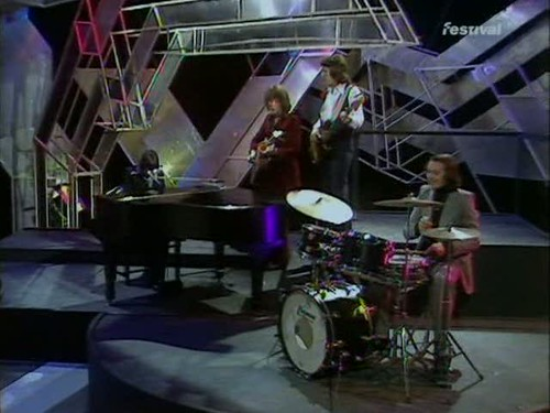 Top of the Pops (25 December 1974) [TVRip (XviD)] preview 1