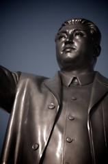 The 25m tall statue of Kim Il-sung (Joony_Boy) Tags: birthday statue bronze giant gold kim north korea il godzilla communism kimjongil present northkorea pyongyang sung dprk kimilsung