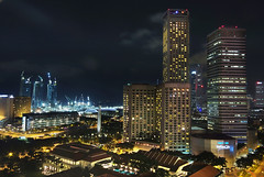 A Glittering City view from 24 floors above (williamcho) Tags: cars chijmes marina bay singapore streetlights aerialview vehicles citylights highrise cbd hotels sands offices capitolbuilding swissotel integratedresort raffleshotel traillights