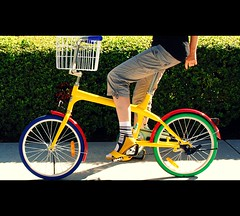 Google bike (Petra Cross) Tags: bicycle yellow toy google colorful funky googleplex gbike googlebike petracross