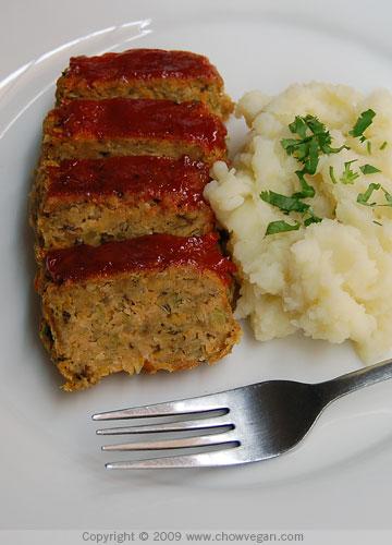 VeganMoFo: Home-Style Vegan Meatloaf