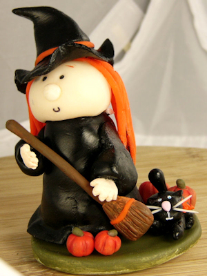 Cold porcelain witch and kitty