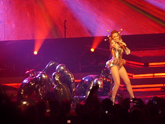 P1020826 (aphrodite-in-nyc) Tags: kylie hammersteinballroom kylieminogue