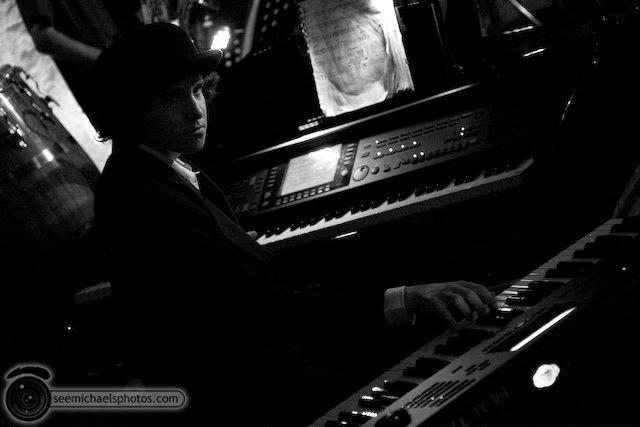 PAul Ingram Group at Tango Del Rey 101809 © Michael Klayman-043