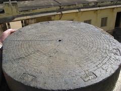 Sundial insite the Juma Mosque built by Tipu Sultan in 1787; located near Mysore, Karnataka, India (Paul Beppler) Tags: india religion palace mosque sundial architektur sultan karnataka mysore indien relógio masjid arquitecture mesquita sonnenuhr tippoo tippu jummamasjid jumamasjid tipoo jummamosque sultantippu