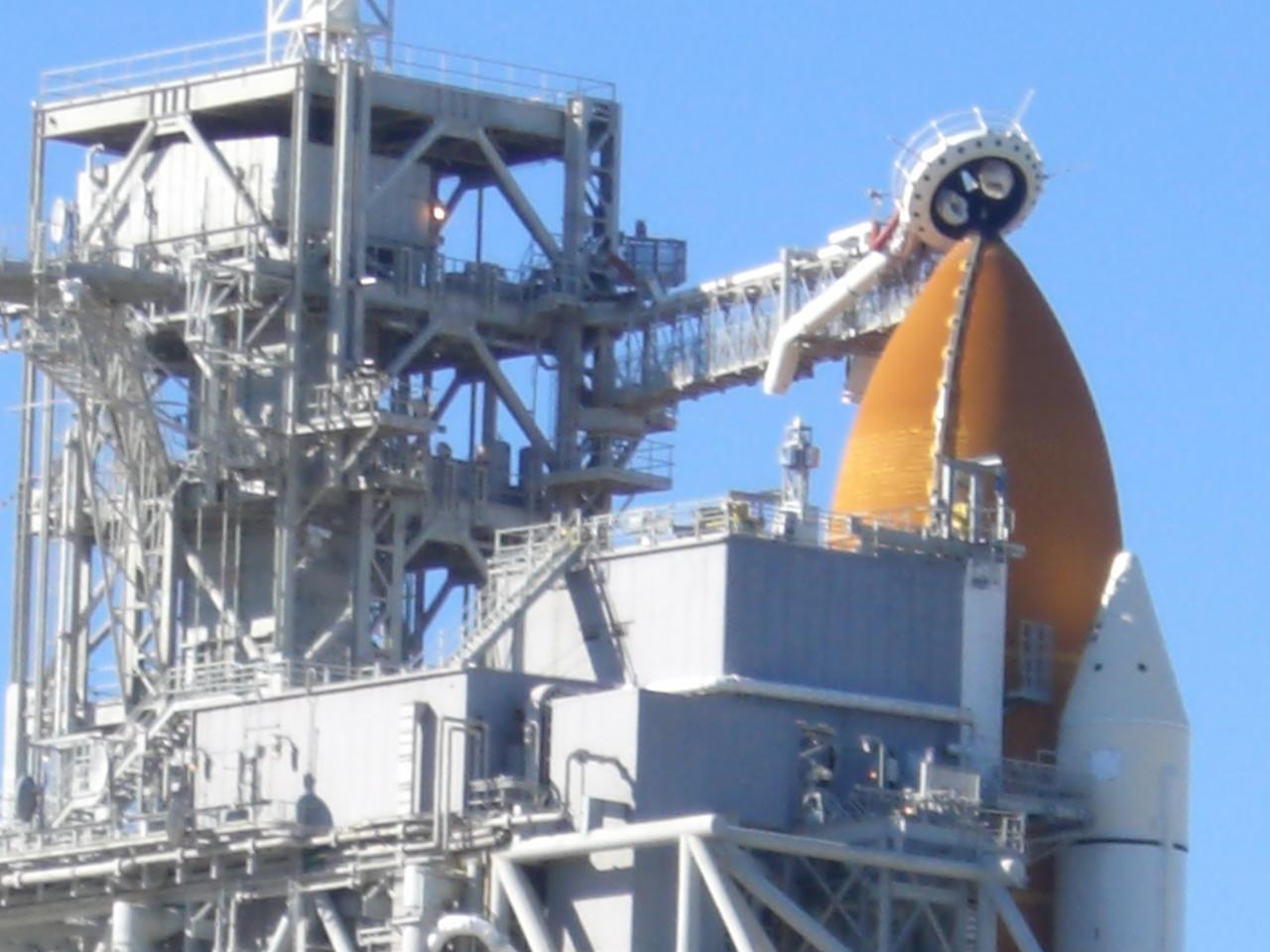 NASA STS-129 Shuttle Launch TweetUp: Day 1 - Keith Barrett ...
