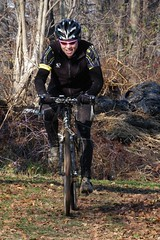 DSC_4144 (Victor Dvorak) Tags: ohio race cycling nikon cx d100 cyclocross akron 80200mmf28 camba rrdonnelley rgf bikeauthority teamlakeeffect countrysidecycling teamspin morocycling boughtonfarmcyclocrossrace boughtonfarm snakebiteracing carbonracing speedgoatspk orvillecycling solonbicycle starkvelo