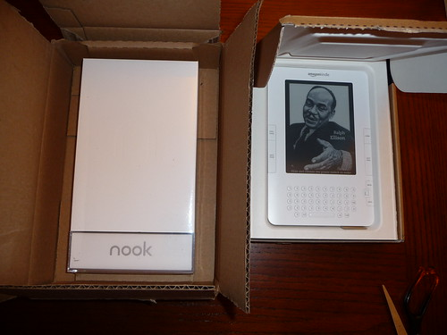 Nook vs Kindle Packaging