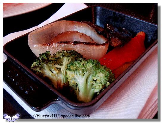 100211維多麗亞 N°168 PRIME STEAKHOUSE 22_爐烤蔬菜