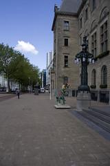 Coolsingel (Dimormar!) Tags: rotterdam cityhall kunst stadhuis coolsingel stil vrijdagmiddag