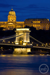 Beautiful Budapest (m6sport) Tags: world life city travel bridge blue light travelling castle water beautiful night canon dark licht photo wasser hungary die budapest ponte traveller chain hour clark stadt noite das usm blau duna brcke fluss der ungarn buda pest hungria kettenbrcke burg donau uhr ungheria magyarorszg hungra fny lnchd ra szchenyi hongarije hongrie hwngari ungern wgry dm kk herrlich maarsko unkari 40d maarska fnyek bildschn kkra pestbuda m6sport geprnge budapestlife m6photo m6photocom wwwm6photocom