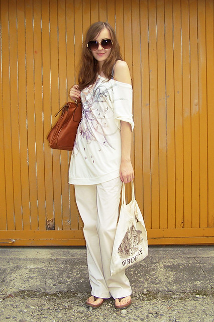 86c635f16 spodnie - Ralph Lauren (TJ Maxx) japonki - White Mountain torba z Wrocławia  (w którym nigdy nie byłam - jeszcze) - prezent od Pana Fotografa