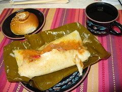 Guatemalan food - Cena guatemalteca (Soyunangel) Tags: food coffee dinner bread cafe comida tamales pan cena guatemalan tamal g