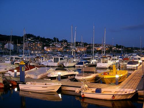 Vista del puerto deportivo de Sangenjo, Pontevedra