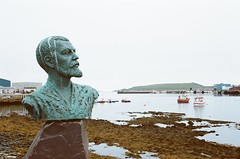 Statue and Harbor (IggyRox) Tags: water norway statue boats harbor norge fishing north arctic bust finnmark easternmost vardo
