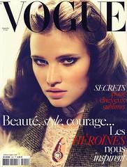 Vogue Paris Septembre 2009 (Ze Cali Fairy) Tags: fashion magazine vogue mertalas marcuspiggott frenchvogue vogueparis carineroitfeld larastone luciapieroni