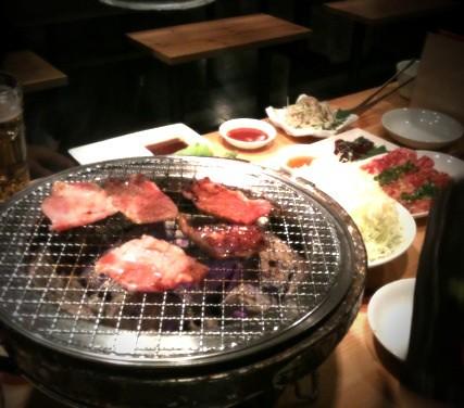 突然の嬉しいお誘いで、広尾hachihachiで焼肉。