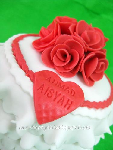 red roses mini cake