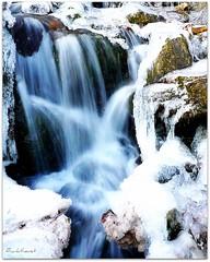 Ghiaccio a Stazzona (frankthevet) Tags: winter italy ice nature water falls explore acqua inverno comolake ghiaccio cascata theperfectphotographer
