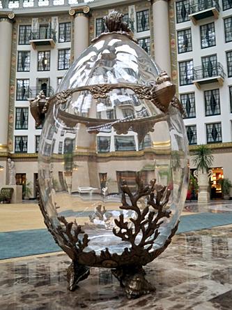coral-crystal-vase