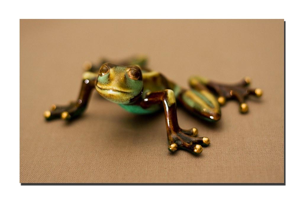 3/365 - Frog Statue