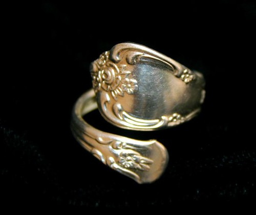 Art Nouveau Style Spoon Ring - Vintage Hand-Shaped Siler plated Ring - 02