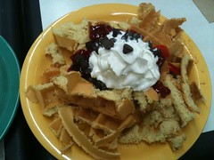 Mushed waffle, strawberries, cream, and choc chips (DerekSteen) Tags: food dessert texas huntsville strawberries whippedcream waffle chocolatechips samhoustonstateuniversity shsu cafebelvin foursquare:venue=8263911 gowalla:spot=6419727