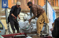 Islamic Relief distributes firewood in Kabul, Afghanistan