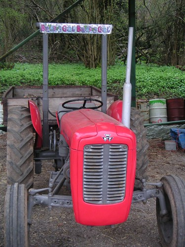 birthday-tractor-pre-winky