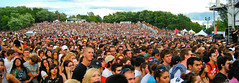 Concert Crowd (Osheaga 2009) - 30000 waiting f...