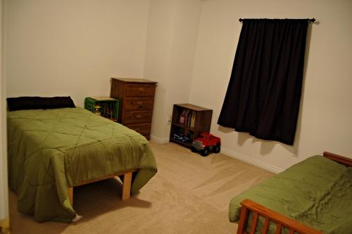 Keaton Room 1