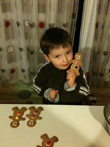 Tommy baking gingerbread men