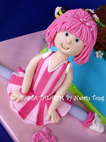 lazy town stephanie. LAZY TOWN- STEPHANIE CAKE