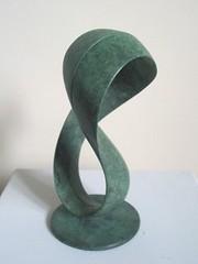 Mobius Form - 01 (Gordon Aitcheson - Sculptor/Artist) Tags: sculpture abstract art bronze arte contemporary escultura math mathematics mathematical scultore mobius bronce