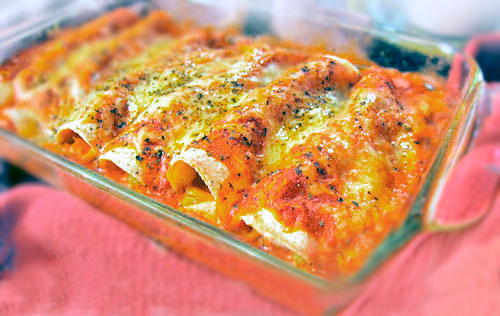 Easy Sour Cream Chicken Enchiladas Recipe