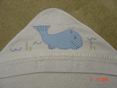 toalhinha de capuz pro Augusto.. (Renata ...) Tags: infantil toalha baleia toalhainfantil
