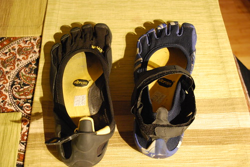 The Vibram FiveFinger Classic (left) vs Sprint (right). For running, the Sprints win hands down!