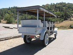 Julian Stage Lines:  1912 Mack Bus  (Julian, California) (Bob_ Perry) Tags: julian sandiego antiquecar campo oldtruck oldbus macktruck horselesscarriage julianca juliancalifornia stageline antiquevehicle oldstage antiquebus oldmailtruck restoredbus restoredtruck juliancalif 1912mack mackbus julianoldbus campomotortransportmuseum campomuseum