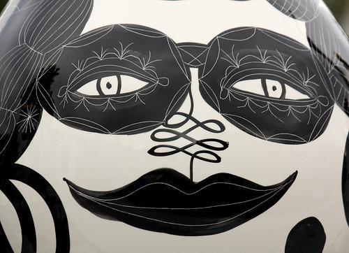 white black game london castle art festival canon square eos rebel design spain king pieces designer squares chess trafalgar trafalgarsquare grand september queen master tournament spanish knight rook jaime bishop 2009 pawn xsi grandmaster spaniard hayon jaimehayon baord londondesignfestival feggy victius feggyart