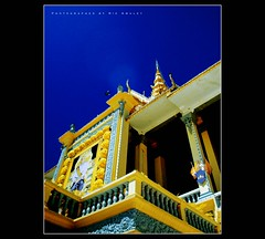 (^^Rie Amulet^^) Tags: blue sky building cambodia culture rie etnic