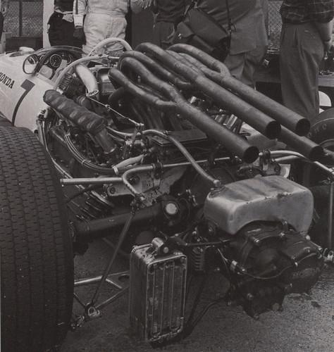 Exhaust plumbing aesthetics - TNF's Archive - The Autosport