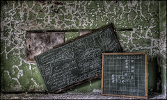 back to class.... ([StaticPulse] - www.TheOtherSide.be) Tags: abandoned nikon decay abandon miranda chateau decayed noisy nikond300 staticpulse